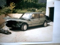 Saab 900 turbo (155cv-8s) accidentée Essence 1986 236000 vert clair 200 EUR