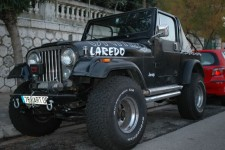 Jeep CJ-7 4.2 US Essence 1985 150000 noir 9000 EUR